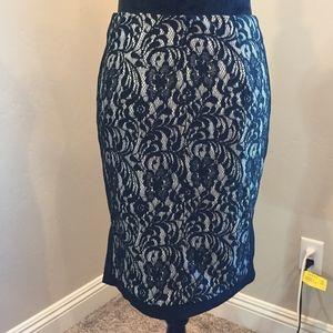 Elegant Black Lacy Slit Skirt